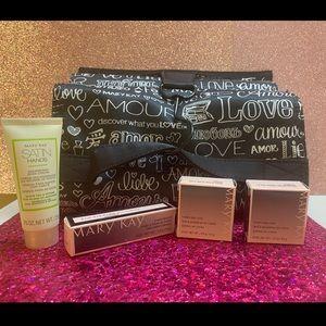 Mary Kay Make up bag and cosmetics bundle!